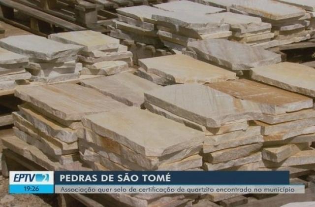 Associação quer selo de certificação para pedra de São Tomé das Letras, MG