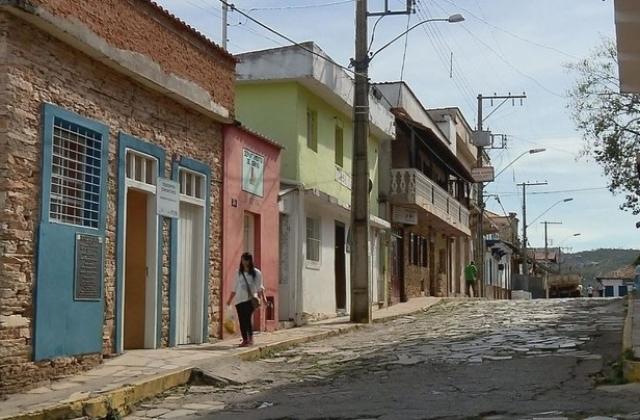 Prefeitura de São Tomé das Letras abre concurso público com salários de até R$ 5,7 mil